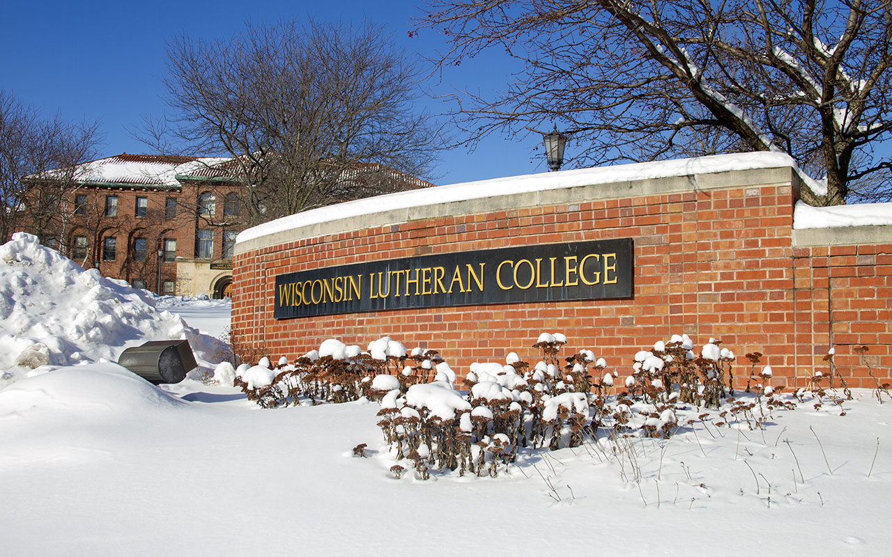 2019 Snow on WLC sign